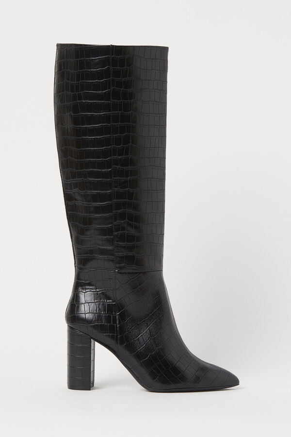 Crocodile-patterned boots