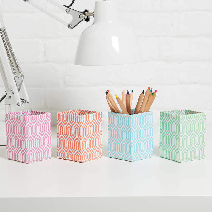 Heart & Parcel Recycled Pastel Graphic Pen Pot