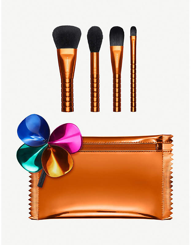Mac Shiny Pretty Things Brush Party: Face kit