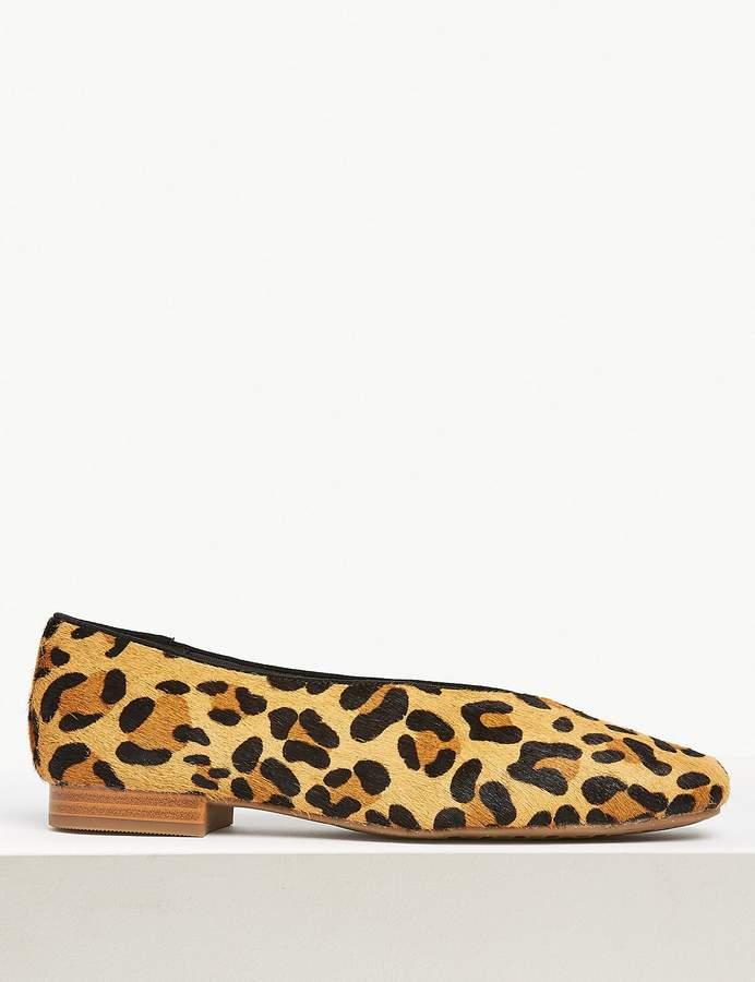 Leather Leopard Print Pumps