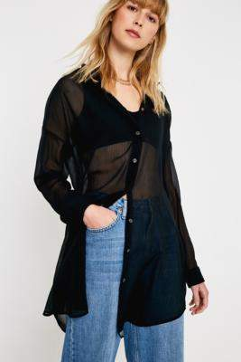 UO Sheer Longline Shirt - black XS at Urban Outfitters
