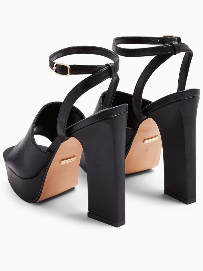 Rafa Chunky Platform Sandals