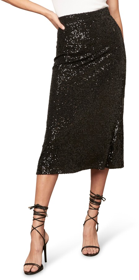 Festive Outfits for NYE at home | BB Dakota -Starry Night Sequin Skirt