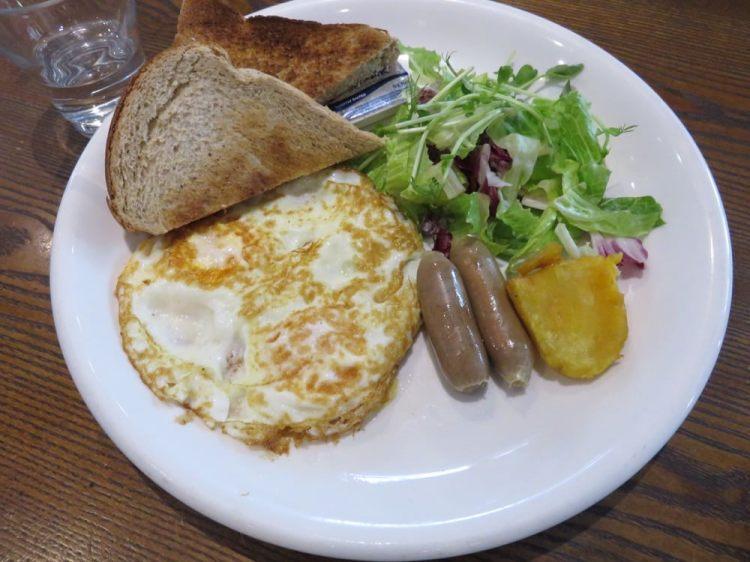 《台北東區》C25度咖啡館 C25 Cafe 早午餐 受到藝人喜愛的點?