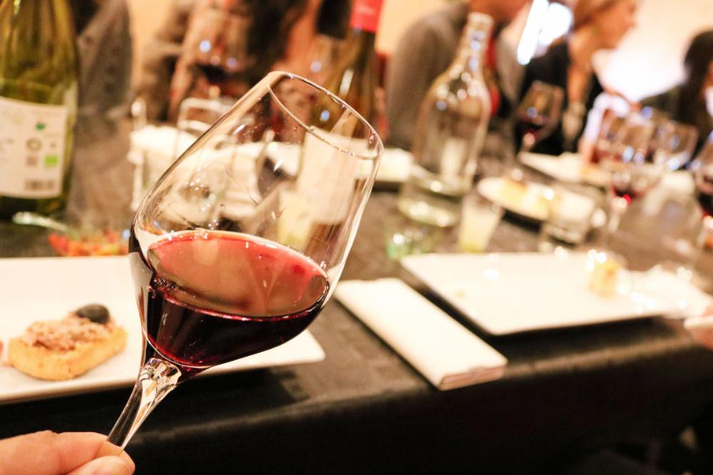 巴塞隆納蒙塞拉特修道院美食Tapas葡萄酒莊半日遊