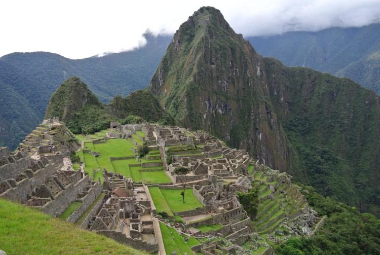 跟著老蝦旅行|秘魯馬丘比丘彩虹山能量團行程說明