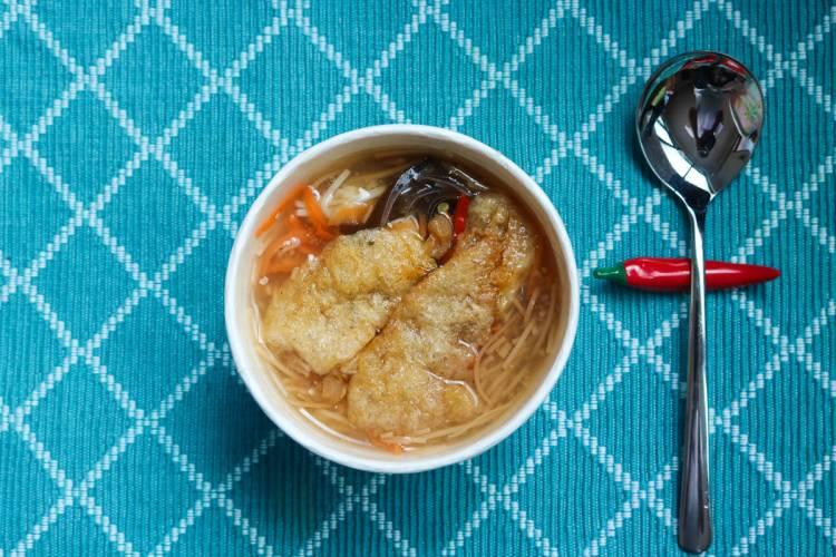 內湖素食 737麵線自製辣椒醬馳名遠播