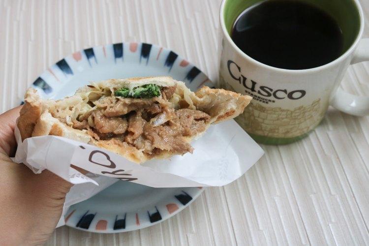 內湖美食 熱壓吐司Loya 燒肉好吃!早餐下午茶全包(附菜單