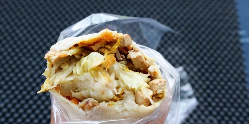 東湖市場全麥潤餅 內湖最棒菜市場內總是排隊的好吃潤餅
