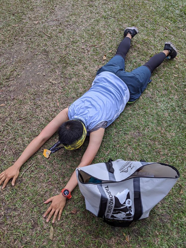 花蓮太魯閣馬拉松 我的初次半馬把自己打殘人生何苦這樣