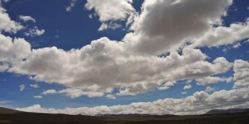 《南美》祕魯。高級大巴Cruz del sur。從Arequipa晃到Puno。媽呀快暈死了