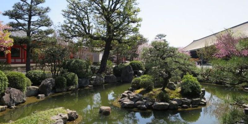 《日本》京都。蓮華王院本堂 三十三間堂。一千零一座精緻千手觀音氣勢逼人