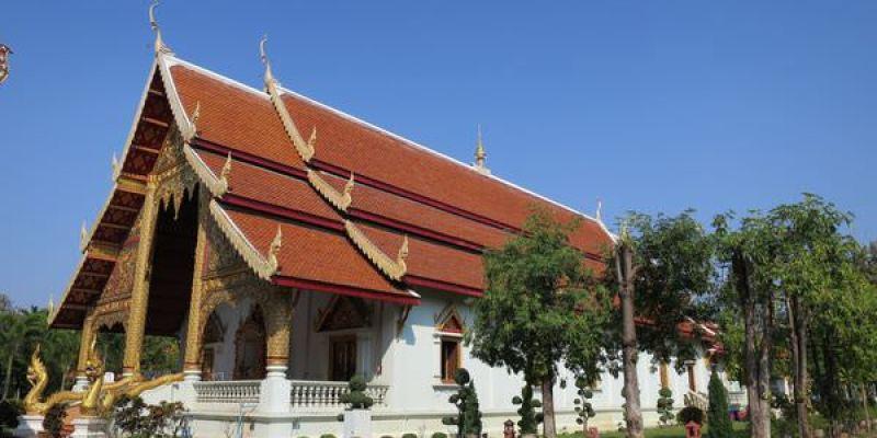 泰國清邁。Wat Phra Singh 帕邢寺 必訪景點 (附近大樹下餐廳也不能錯過)