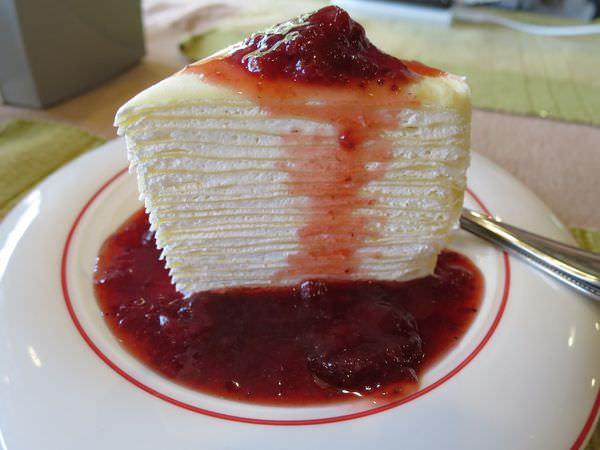 泰國清邁。Cafe de Thaan Aoan。草莓法式千層蛋糕不吃 飲恨終生
