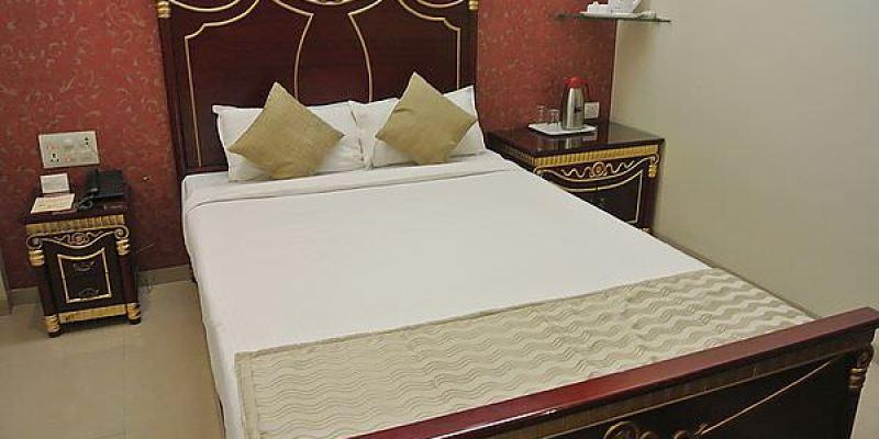 西印旅館系列 孟買 P.A. Residency 有蓮蓬頭耶!!!