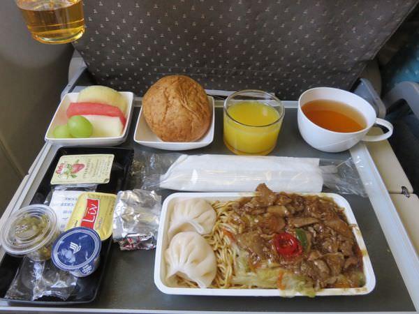 新加坡航空 Singapore Airlines 布里斯本 轉新加坡回台北 優秀到沒話講 updated