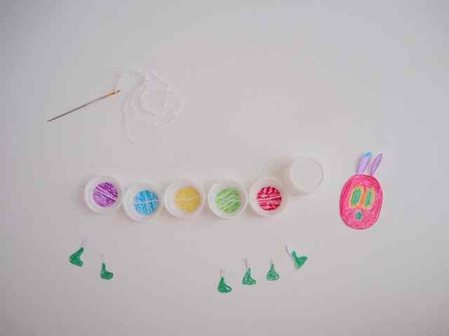 自製玩具- 毛球 毛蟲 DIY Toy Pom-a-pillar