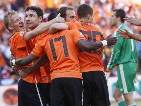 Holland 2 Denmark 0