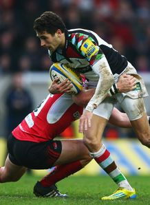 Ollie Lindsay Haue makes a break for Harlequins against London Welsh