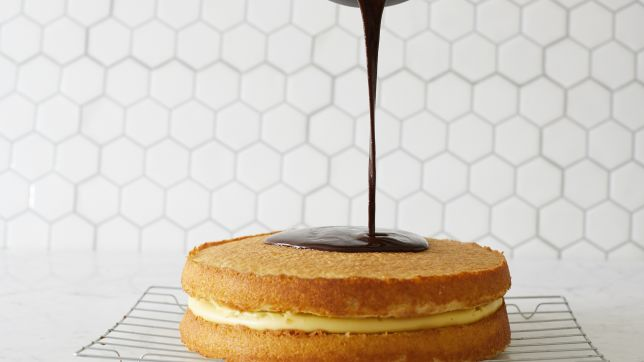 Massachusetts: Boston Cream Pie