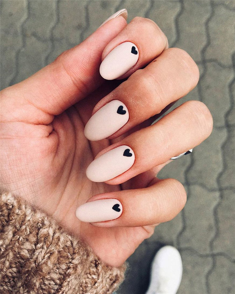 Check out these 70 easy and elegant matte nail designs and get some inspiration! Apply matte nail with your favorite nail polish and to show your matte nails to your friends! #NailsDesign #MatteNailDesigns