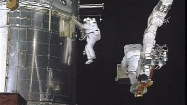 La réparation du télescope Hubble.