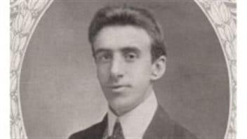Le chef d'orchestre et violoniste à bord du Titanic, Wallace Hartley. Le violon dont il jouait lors du naufrage du paquebot vient d'être retrouvé