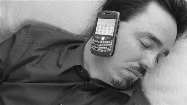 Votre téléphone intelligent peut vraisemblablement vous aider à dormir
