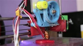 L'imprimante 3D utilisée pour fabriquer les stéthoscopes du Dr Loubani