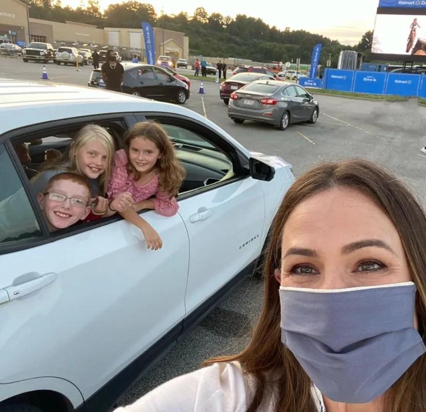 A rare pic of Jennifer Garner with her three children