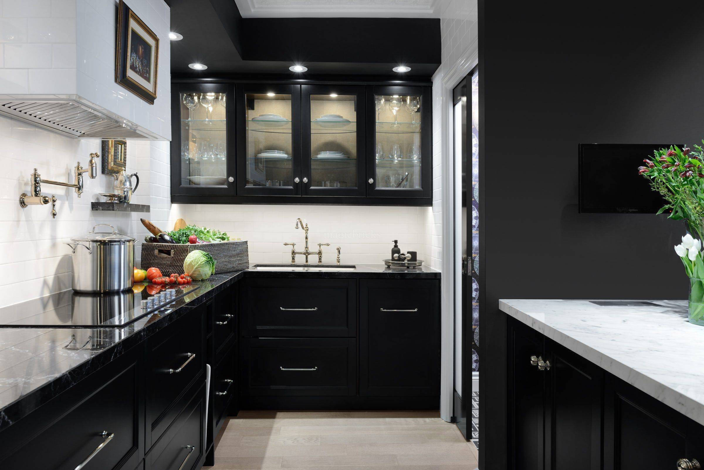 Give your kitchen a black makeover in these five ways on Modern Kitchen Counter  id=94237