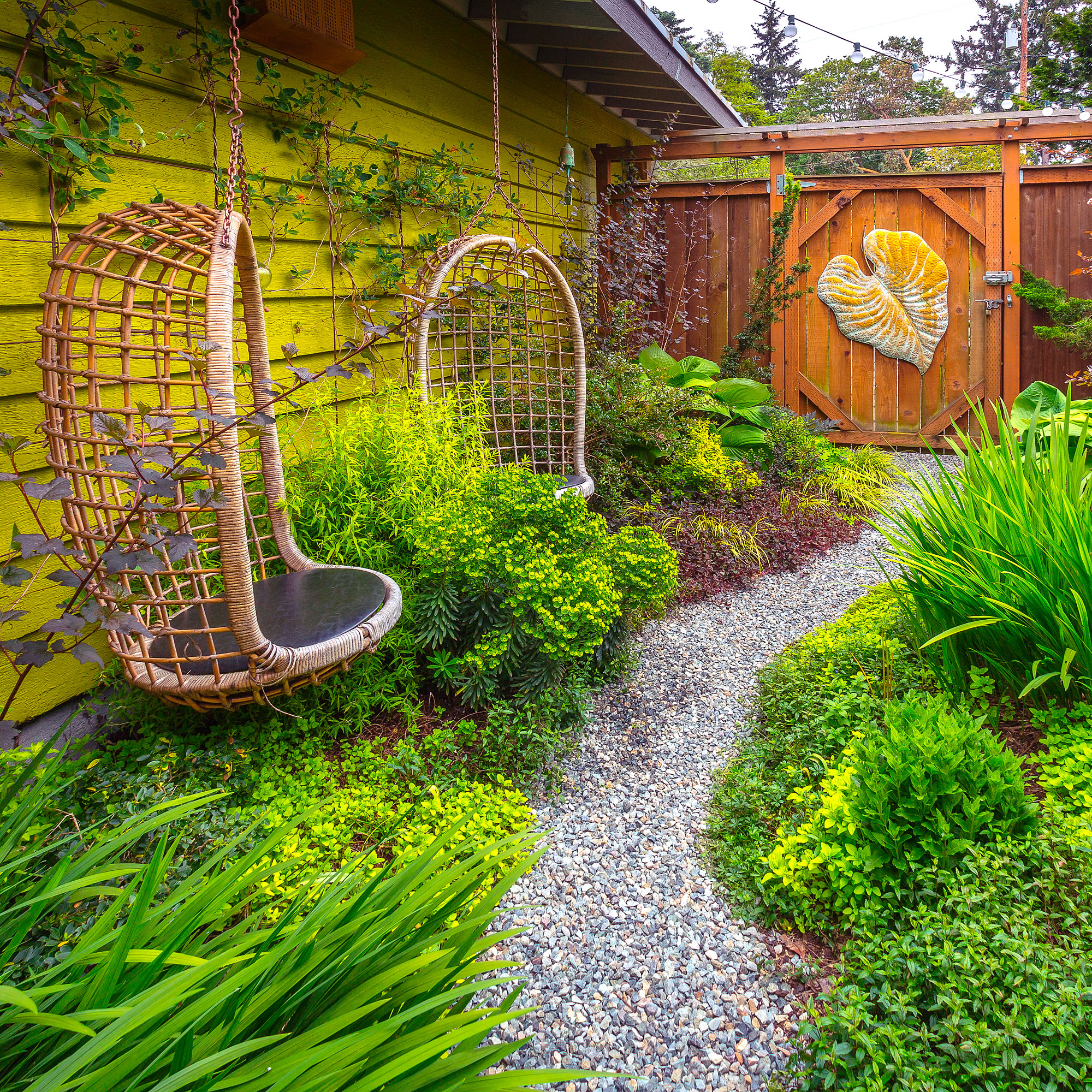 How to Design a Vibrantly Colorful Garden - Sunset Magazine on Side Yard Designs  id=37967