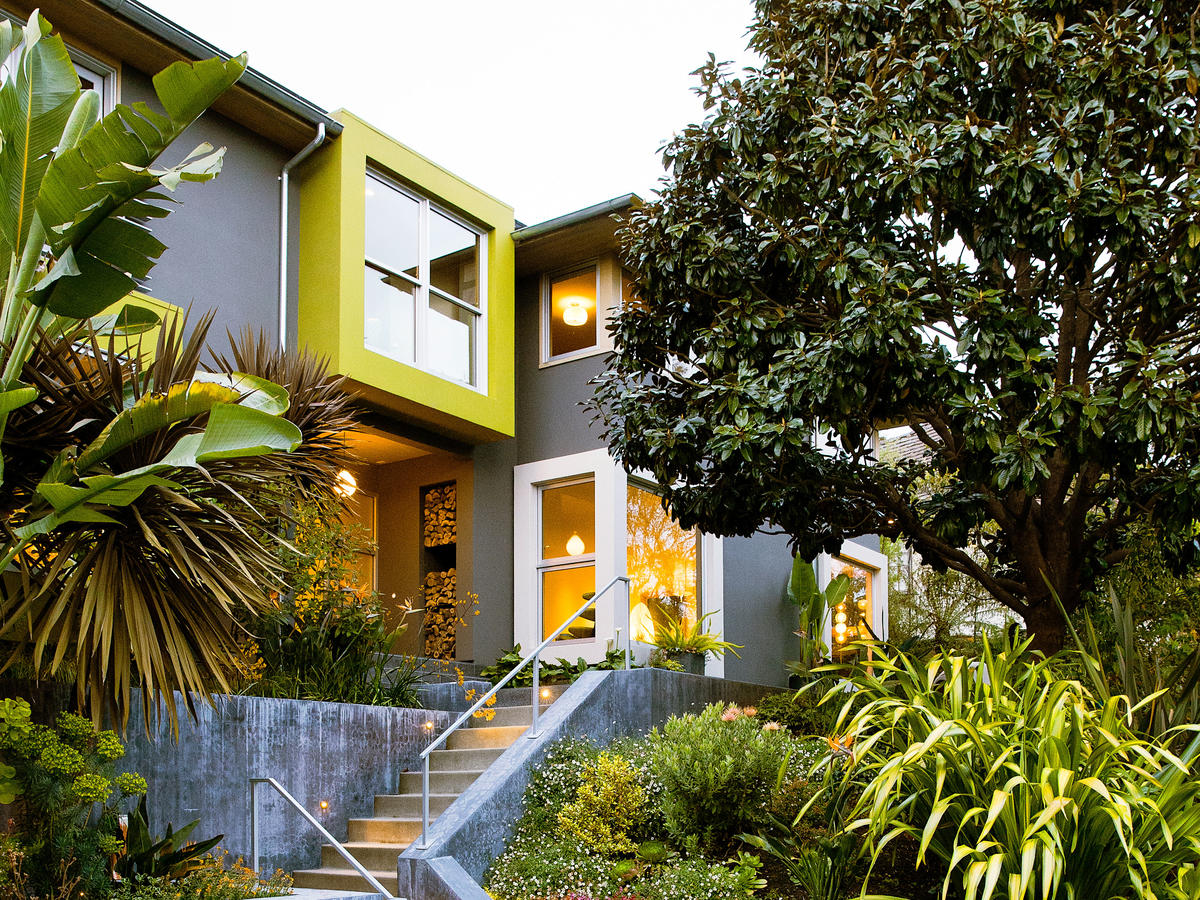 How To Choose The Right Exterior Paint Colors For Your