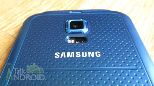 Samsung_Galaxy_S_5_Sport_Back_Samsung_Logo_TA