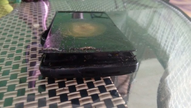 Android smartphones_OnePlus One_Explosion_images_090115_1