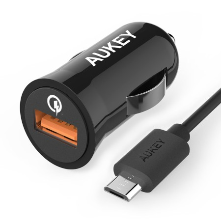 Aukey-quick-charge-car-adapter