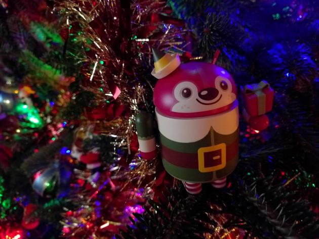 android_figurine_christmas_2015