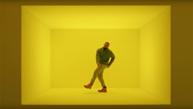 t-mobile_super_bowl_drake_ad_still