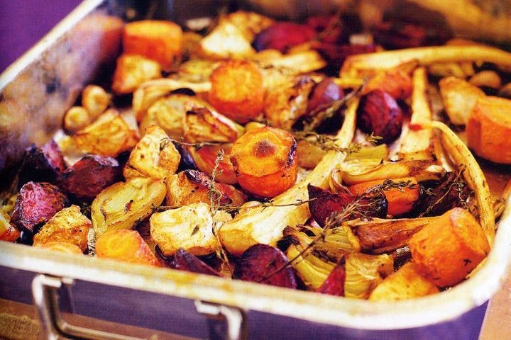 Roasted root vegetables with fennel, garlic & thyme
