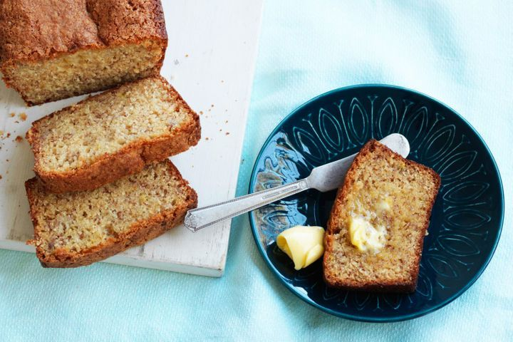 Easiest Banana Cake Recipe