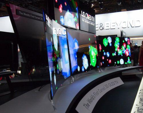 LG comenzará a vender su TV con pantalla curva este año