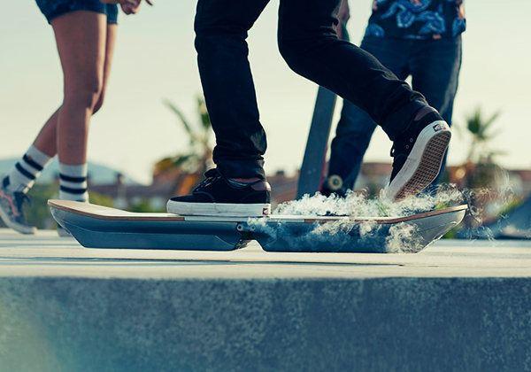 Lexus presenta oficialmente su hoverboard