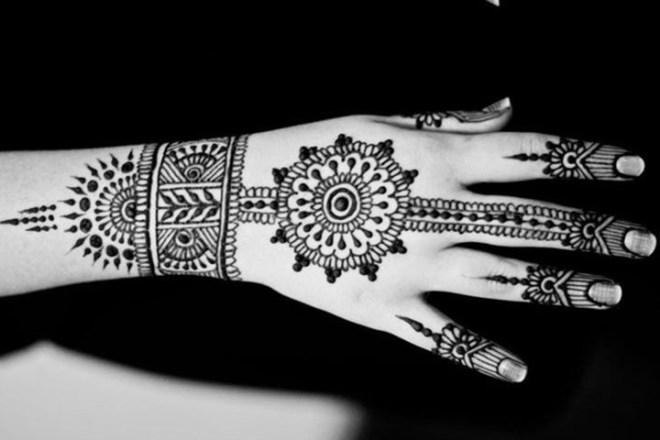 mehendi designs for bride's mother