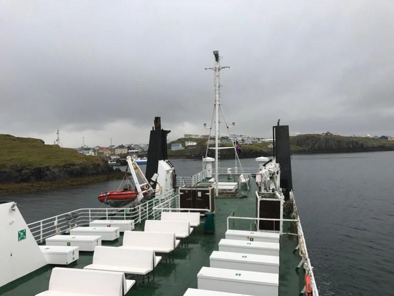Sea Tours Ferry | © Nikki Vargas