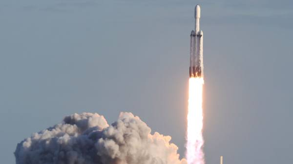 Elon Musk's SpaceX Launches First Ever Commercial Flight ...