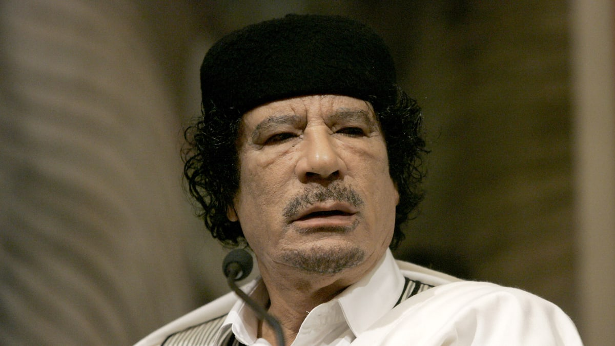 Muammar Gaddafi Reportedly Captured Said To Be Critically Wounded