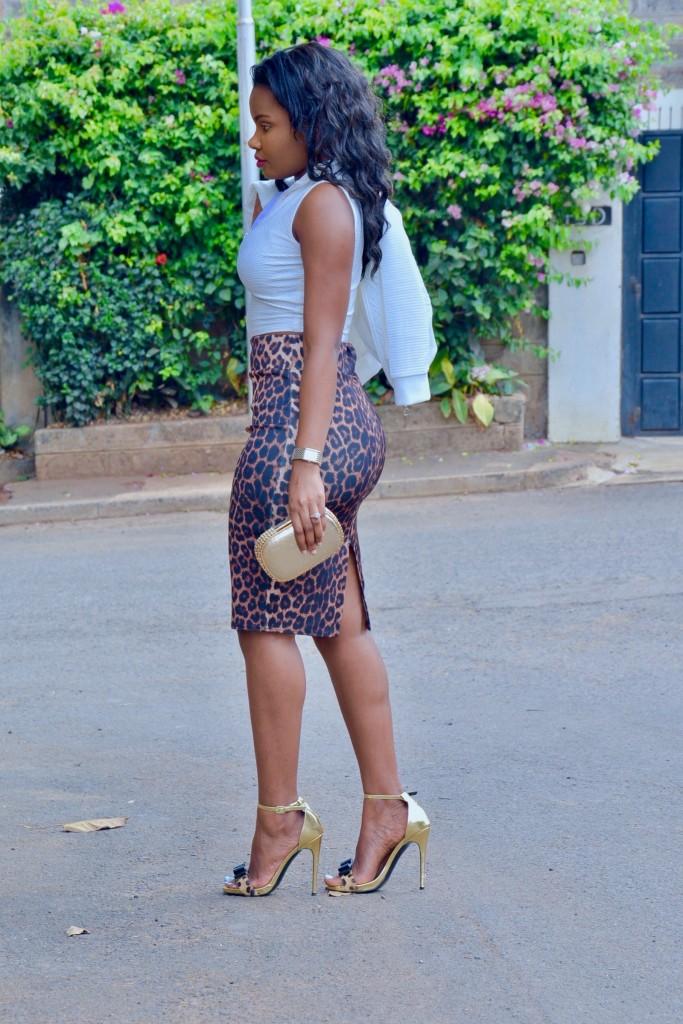 animal print skirt outfit-4