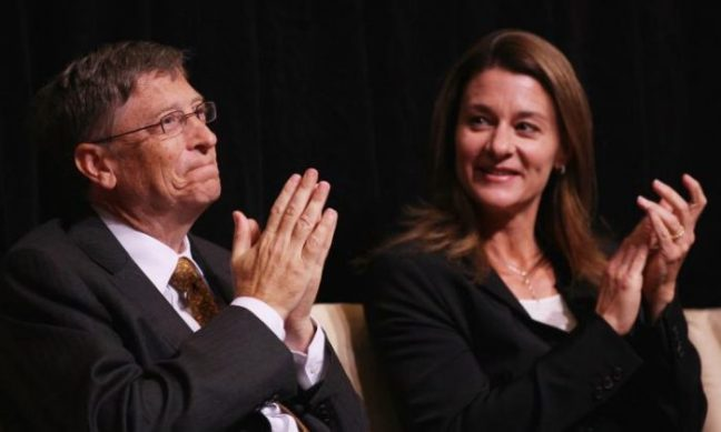 Microsoft's  Bill Gates (L) and his wife Melinda attend a ceremony presenting them with the 2010 J. William Fulbright Prize for International Understanding at the Library of Congress in October 2010. (Win McNamee/Getty Images)