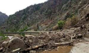 Flood Watches in US West as Mudslides Close Major Interstate