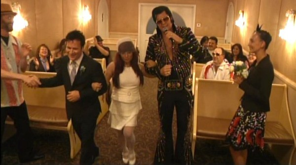 Vegas Weddings Graceland Chapel
